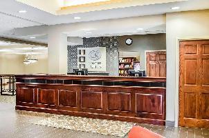 Hotel Comfort Suites Downtown Carlisle