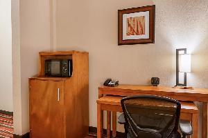 Hotel Comfort Suites Sulphur