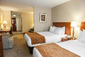 Hotel Comfort Suites South