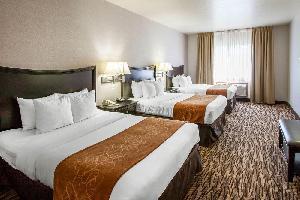 Hotel Comfort Suites Portland Airport