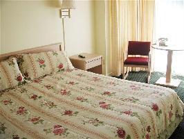 Hotel Pine Beach Inn
