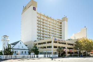 Hotel Comfort Suites Beachfront