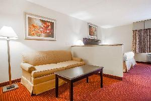 Hotel Red Roof Inn & Suites Mt Holly - Mcguire Afb