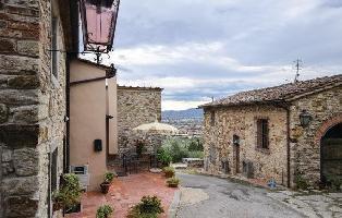 614844) Apartamento A 628 M Del Centro De Calenzano Con Internet, Piscina, Aire Acondicionado, Jardí