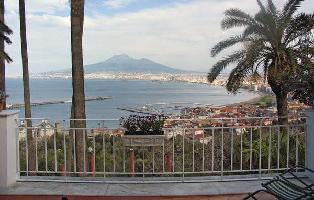 457867) Apartamento En El Centro De Castellammare DI Stabia Con Internet, Jardín, Lavadora