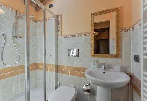 552765) Villa En Calenzano Con Aire Acondicionado, Lavadora