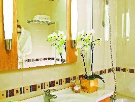 676756) Apartamento En Ródano-alpes Con Aire Acondicionado, Terraza, Balcón, Lavadora
