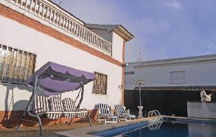 252339) Casa En Torrelles De Foix Con Internet, Piscina, Aparcamiento, Jardín