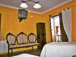 640409) Casa En Arnoia Con Terraza, Balcón, Lavadora