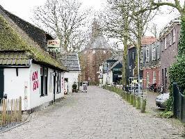 486855) Casa En El Centro De Bergen Con Terraza, Jardín