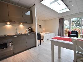 503702) Apartamento En El Centro De Bergen Con Aparcamiento, Terraza, Jardín