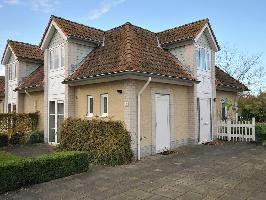 275251) Casa En Kamperland Con Piscina, Aparcamiento, Terraza, Jardín