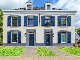 447288) Villa En Maastricht Con Terraza, Jardín