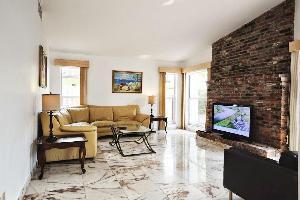 560442) Apartamento A 1.2 Km Del Centro De North Miami Beach Con Internet, Piscina, Aire Acondiciona