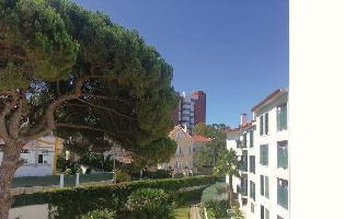 308054) Apartamento A 362 M Del Centro De Estoril Con Internet, Aire Acondicionado, Aparcamiento, Te