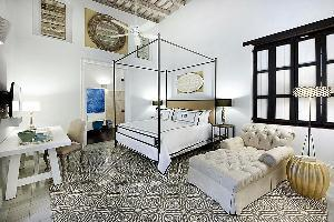 Hotel Casas Del XVI