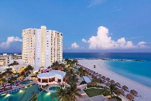 Hotel Krystal Grand Punta Cancun