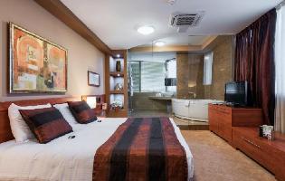 Arka Hotel