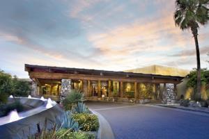 Hotel Carefree Resort & Conference Center