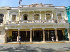 Hotel E Central