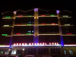 Hotel Grand Uzungol